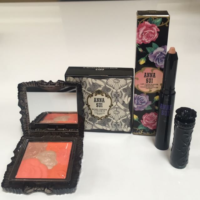 ANNA SUI BLUSH AND LIP CONCEALER CRAYON