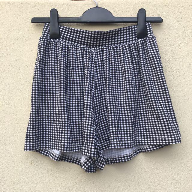 AU 8 | ASOS Culotte Shorts Gingham Check Print