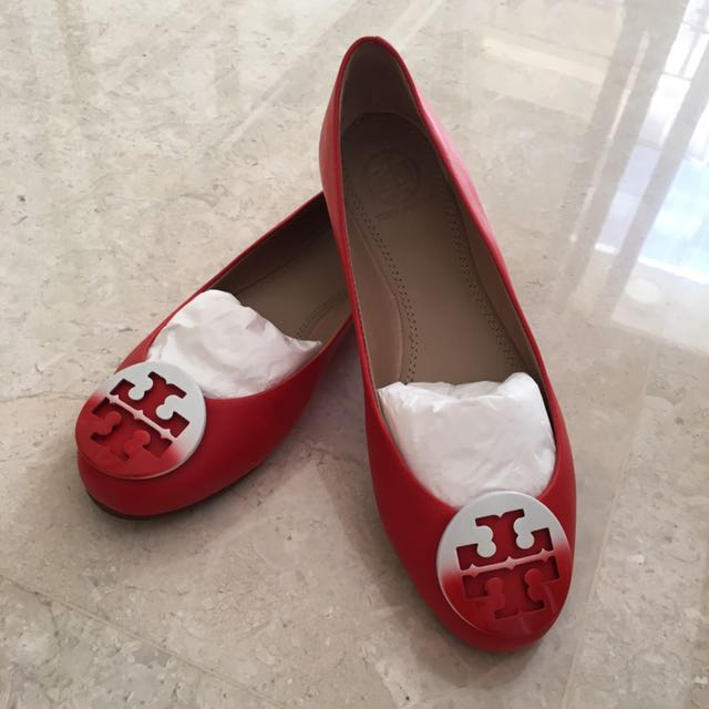 965b1cc82 Authentic Tory Burch Flats - Red With Tie Dye Logo