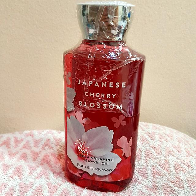 Bath And Body Works Japanese Cherry Blossom Shower Gel