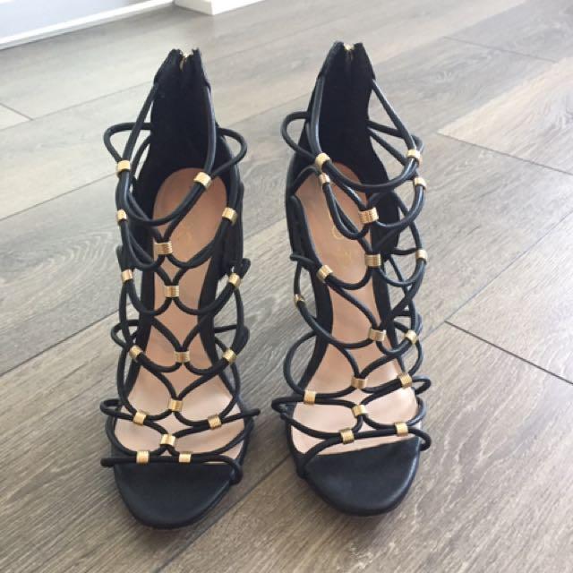 Black and Gold ALDO Heels size 8.5