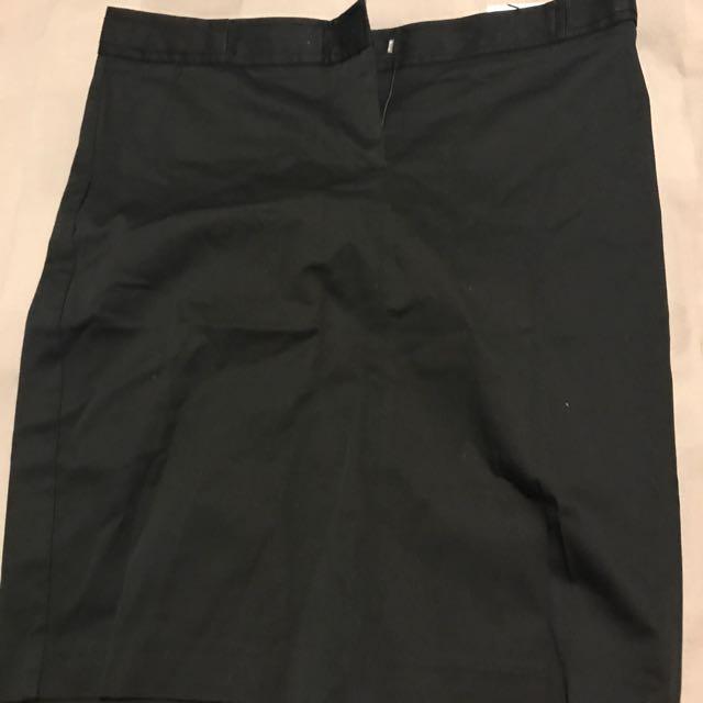 BNWT Mango Basic Black Midi Skirt