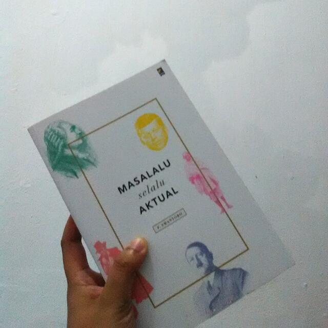 Buku Second...  Mulus Dijual karena sudah selesai dibaca aja...