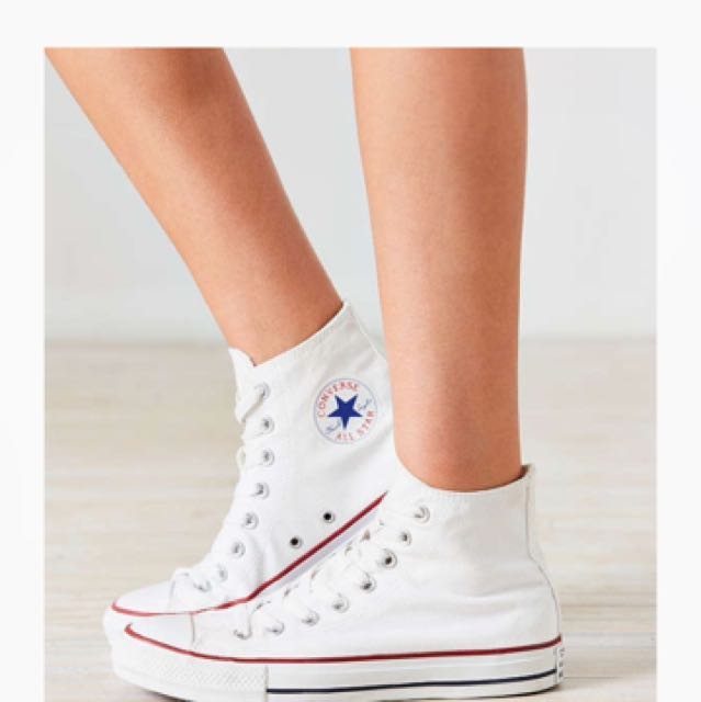 Converse White High Top Chucks Us 6