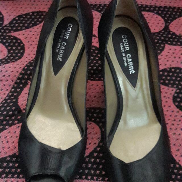 Cour Carré Black Shoes