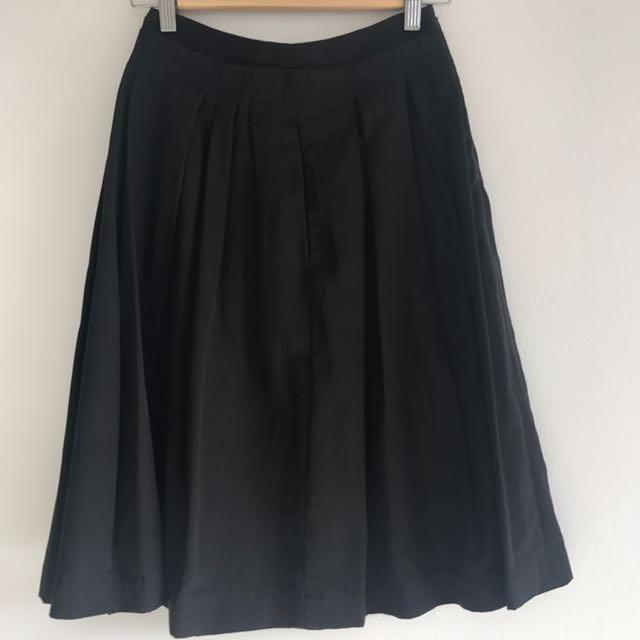 Cue Black Skirt Size 6