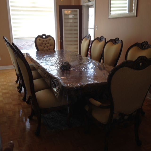 Dinning Table With Ten Chairs