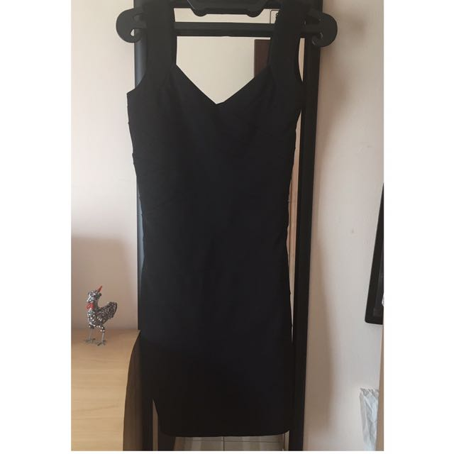 Dress Hitam Bodycon (size S)