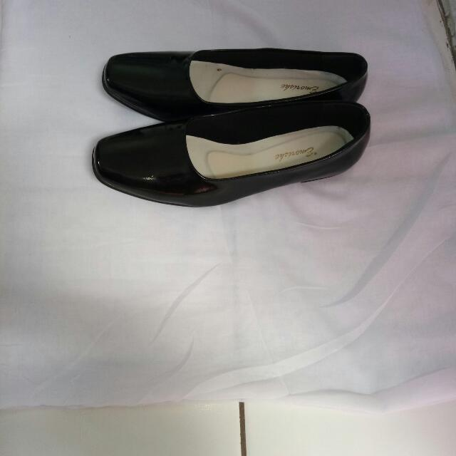 Emorishe Flat Shoes (Black) #SSS