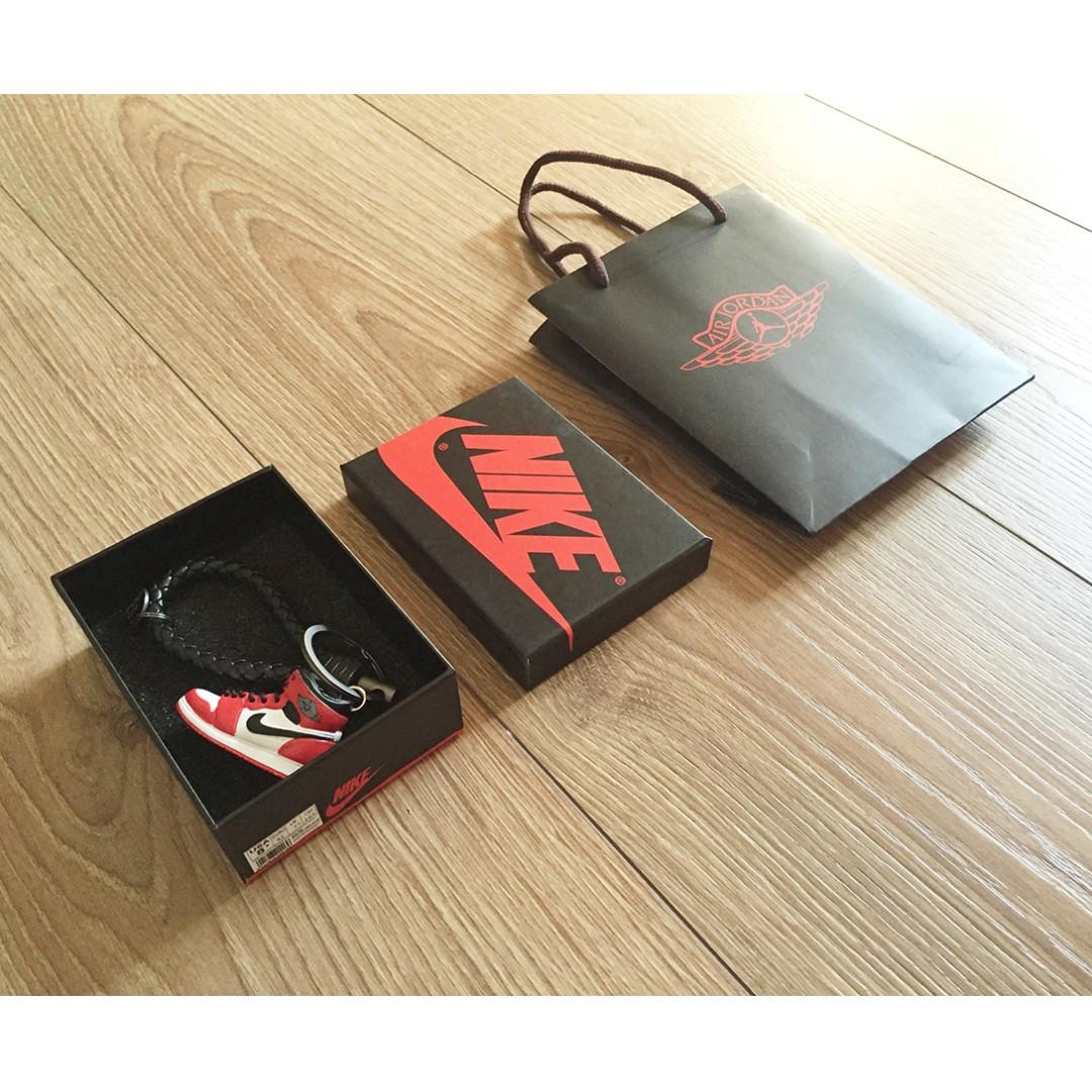 Jordan x BV 質感 設計 鑰匙圈 編織皮繩 球鞋 立體鞋子 紙袋 1代 「芝加哥」配色