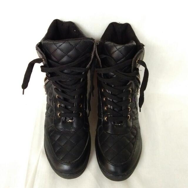 Leather Black Boots Size 40