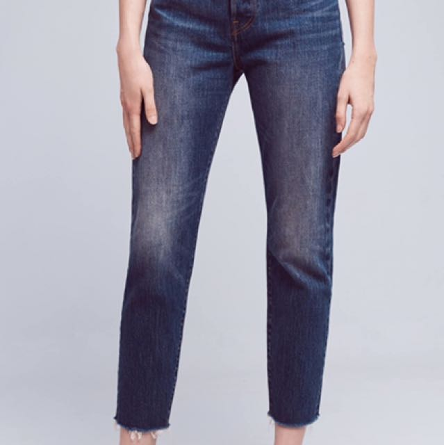 Levi's Wedgie Jeans size 28