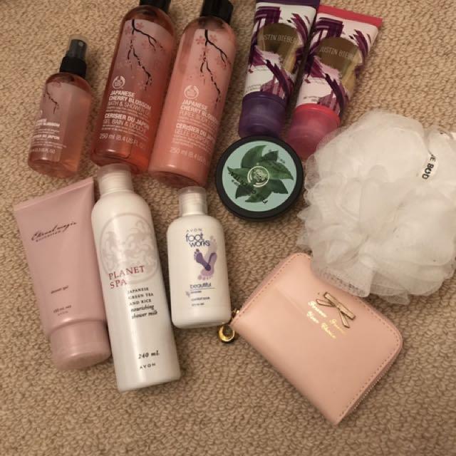 Lotions/gels Body Shop Plus More