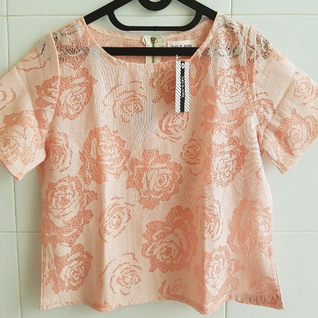 !NEW! Rose Pattern Blouse