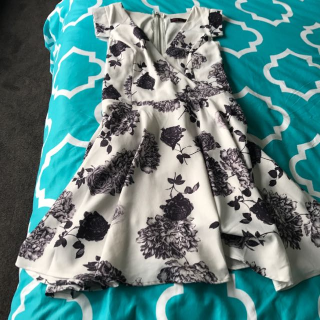 Party dress - Size 12