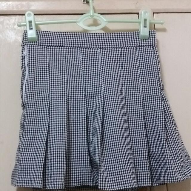 Pleated Skort (Skirt / Short)