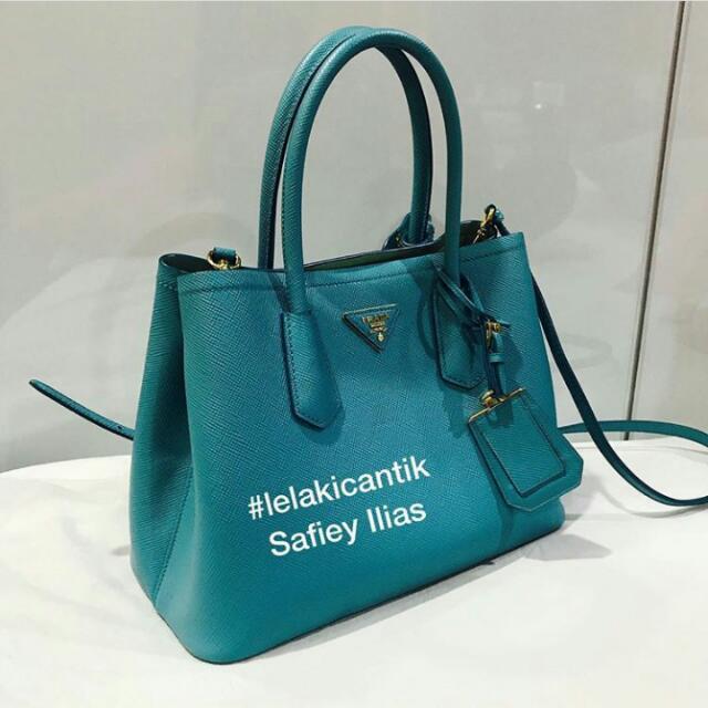 3418c3cd11ff Prada Beg ORIGINAL, Women's Fashion, Bags & Wallets on Carousell