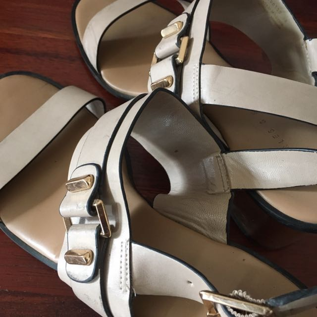 Preloved- Charles And keith Strap Shoes