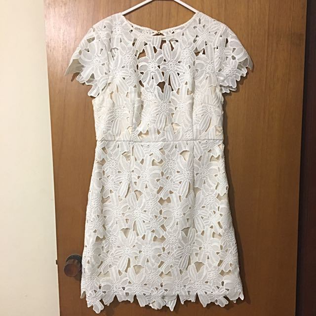 Size 14 Portmans White Lace Dress