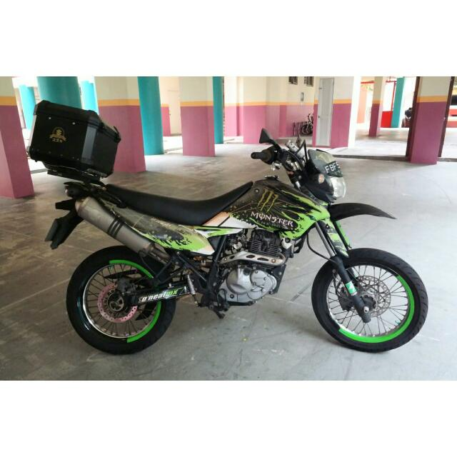 suzuki dr 125 sm motorbikes motorbikes for sale class 2b on carousell. Black Bedroom Furniture Sets. Home Design Ideas