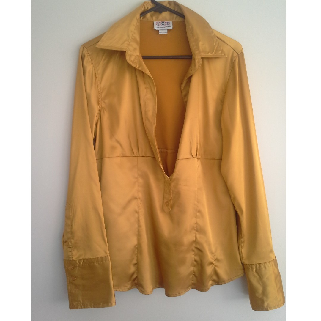 SZ L Gold Satin Long Sleeve Shirt