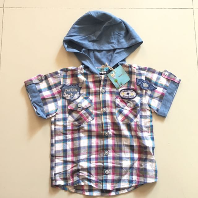 Teaberry Polo with hood 24mos ( brand new)