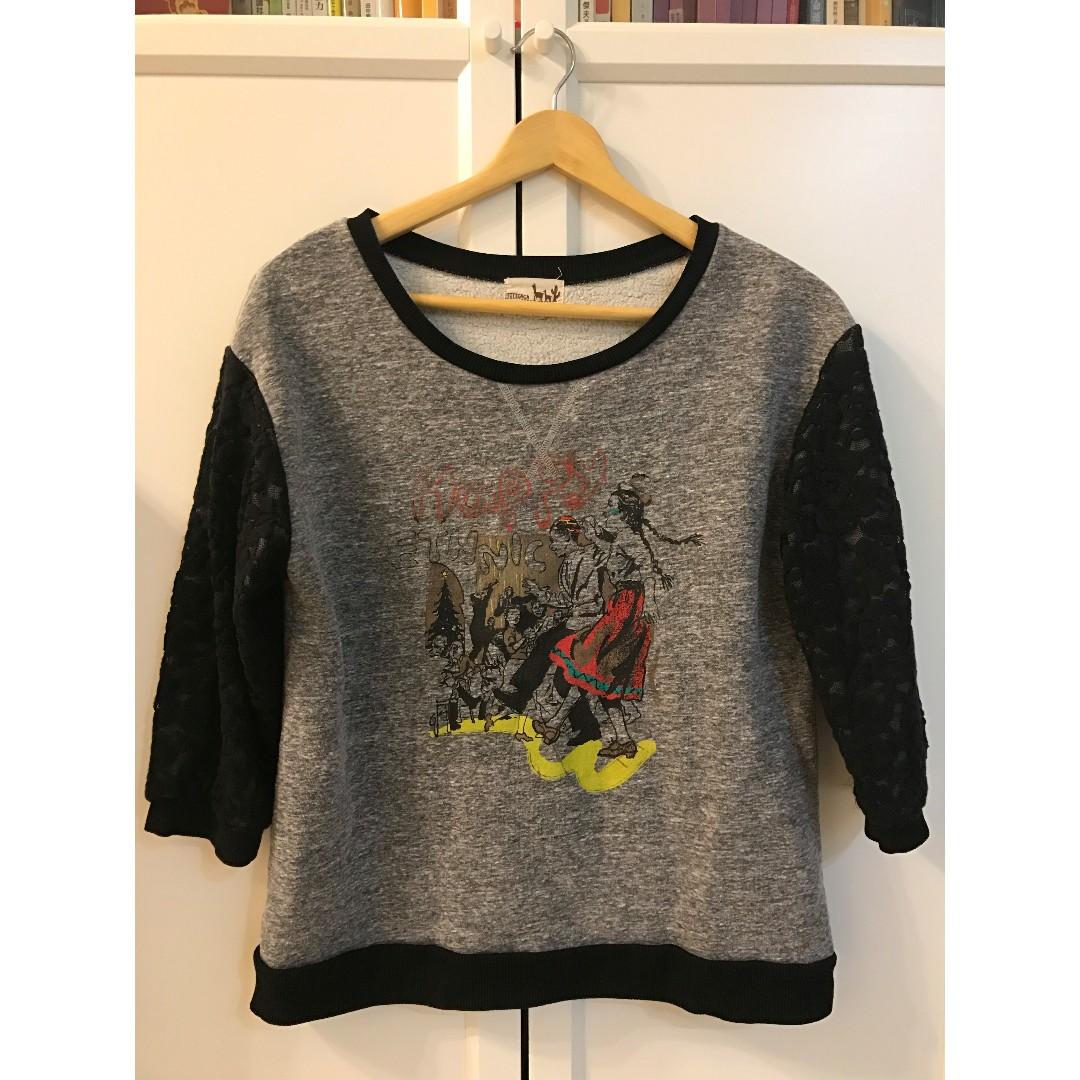 知名日系民族風品牌titicaca蕾絲拼接材質七分袖上衣