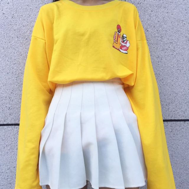 Tumblr Pullover, Women's Fashion, Clothes, Tops on Carousell
