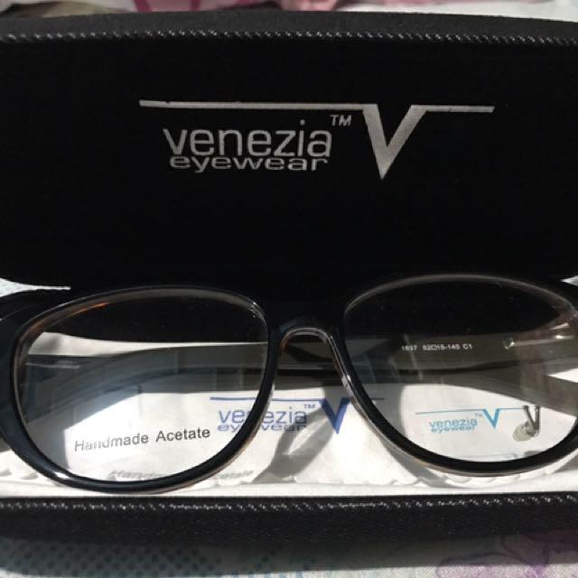 Venezia Eyeglasses