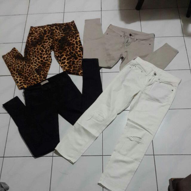 Yu Celana Branded Nya . Zara ,uniqlo,gu Jeans Masing2 60n Aja