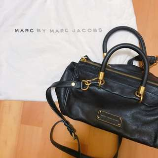 MBMJ Too Hot To Handle 小Marc 黑色皮包