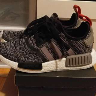 NMD R1 CAMO GLITCH 5.5 MEN 7.5 WOMEN