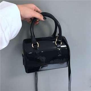 漆皮亮皮 黑色 小巧肩背包手提包
