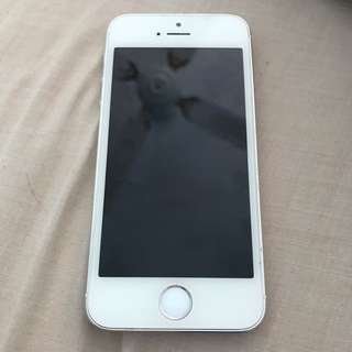 iPhone 5S 32GB - PERFECT CONDITION