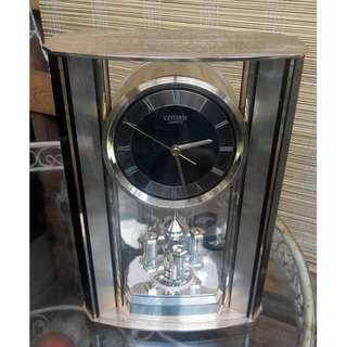 table clock for sitting room/ bedroom