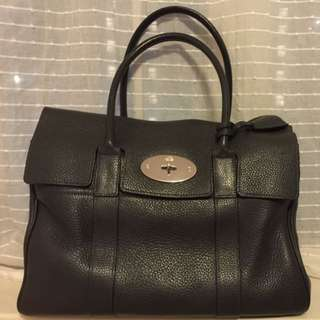 FINAL SALE 💕99% new MULBERRY waterbay bag in shiny grey