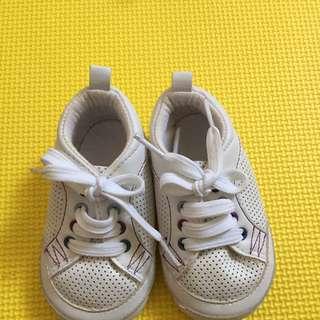 Sepatu Baby MOTHERCARE Uk 2