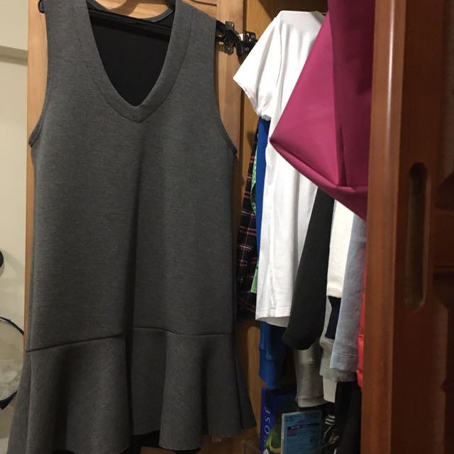 灰色魚尾裙