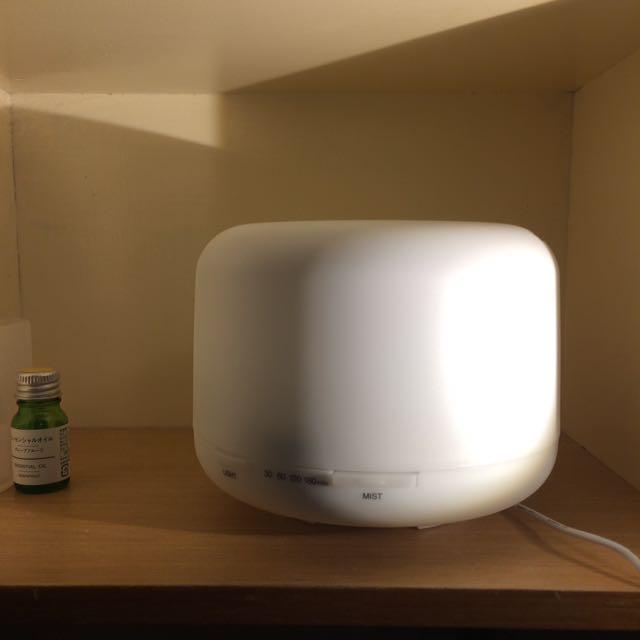 無印良品 超音波噴霧器 (大)附葡萄柚精油還剩三分之一