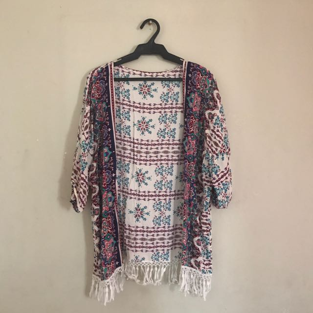 ✨ BOHO Fringe Short Kimono ✨