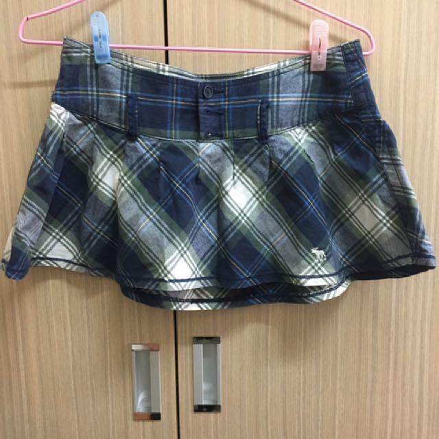 A&F 格子短裙