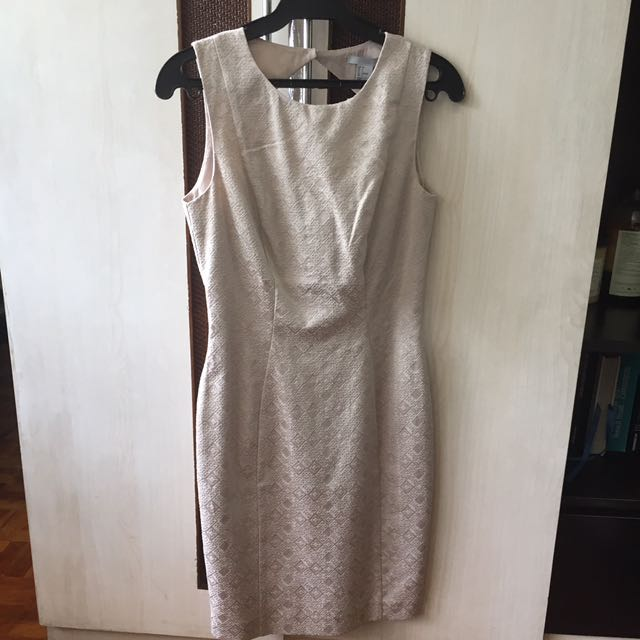 BNWT H&M Dress With Diamond Cut Out
