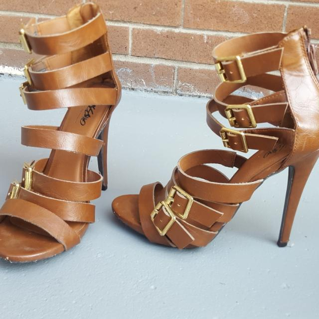 brown heels w/ gold buckles