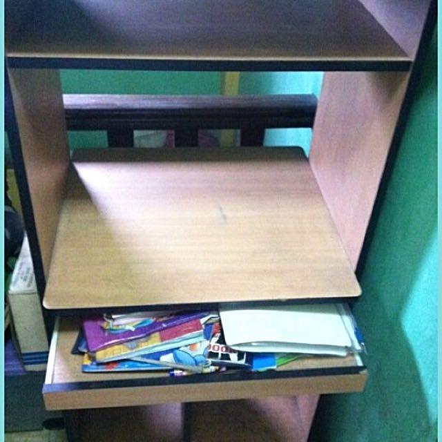 Desktop Computer Table
