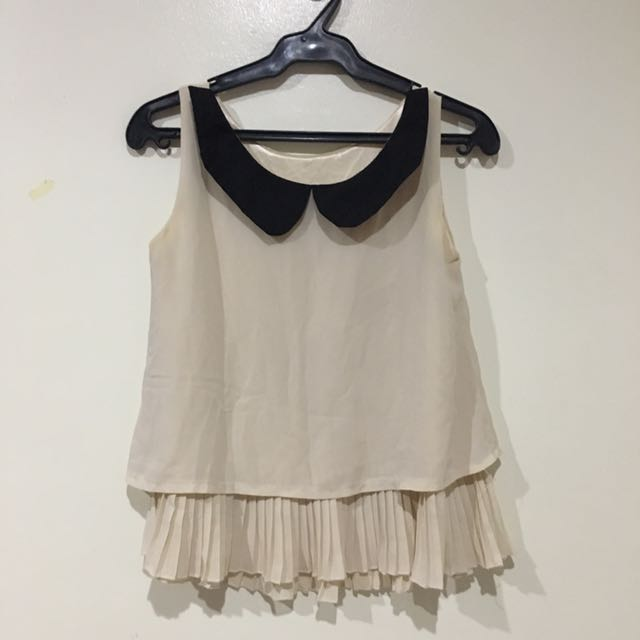 Flowy Sleeveless Top (unbranded)