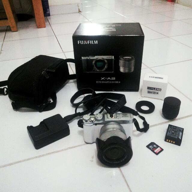 Fujifilm X-a2 / Xa2 + Kit 16-50 + Lensa Manual 35mm F1.7