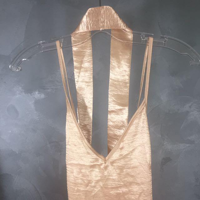 Gorgeous Satin Slip Dress With Matching Choker!💁