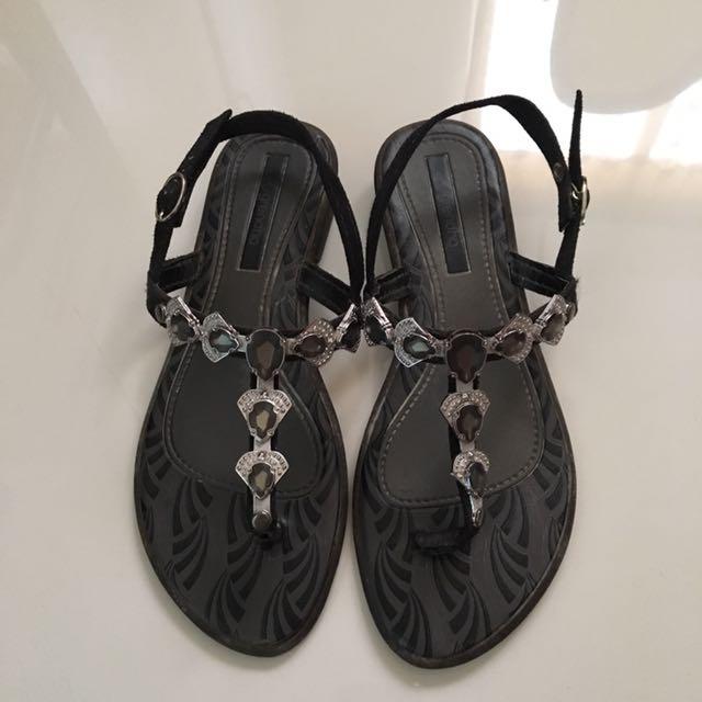 Grendha Thong Sandal Size6