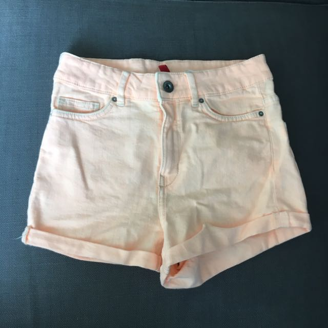 H&M Pale Salmon Shorts