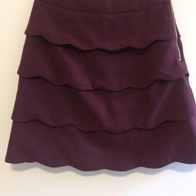 H&M Scallop Skirt Size 8